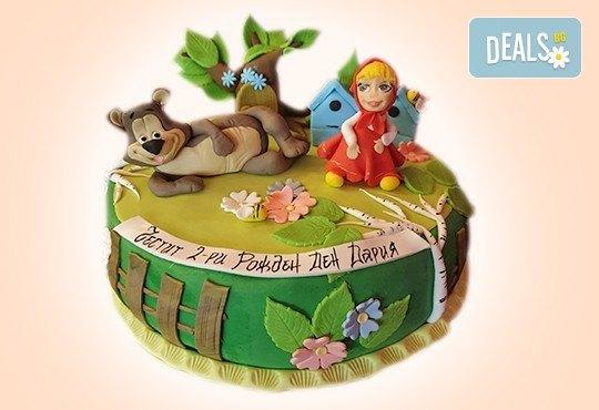 С доставка през април, май и юни! Детска АРТ торта с фигурална ръчно изработена декорация с любими на децата герои от Сладкарница Джорджо Джани - Снимка 6