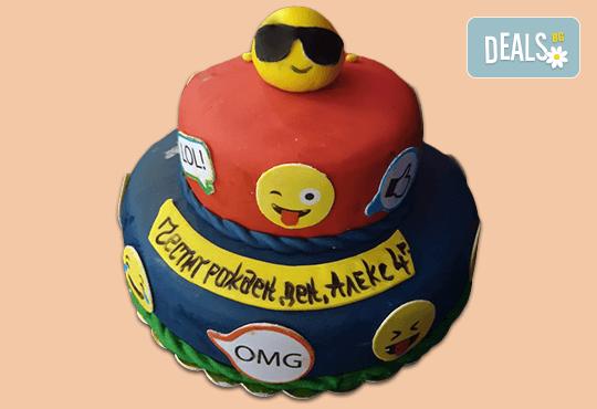 С доставка през април, май и юни! Детска АРТ торта с фигурална ръчно изработена декорация с любими на децата герои от Сладкарница Джорджо Джани - Снимка 17