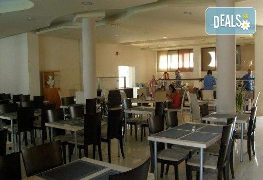 Мини почивка на о. Тасос през май с Ривиера Тур! 3 нощувки на база All inclusive в хотел Rachoni Bay Resort 3*, транспорт, водач и посещение на Кавала - Снимка 11
