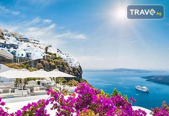 Есенна екскурзия до приказния остров Санторини! 4 нощувки със закуски, транспорт и посещение на Атина! - Снимка 7