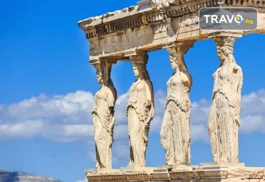 Септемврийски празници на романтичния остров Санторини! 4 нощувки със закуски, транспорт, водач от Еко Тур и посещение на Атина! - Снимка 9