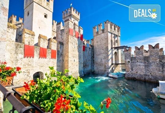 Екскурзия до Барселона и перлите на Средиземноморието с АБВ Травелс! 9 нощувки, 9 закуски и 3 вечери, транспорт, богата програма и посещения на Лаго ди Гарда и Сан Ремо! - Снимка 1