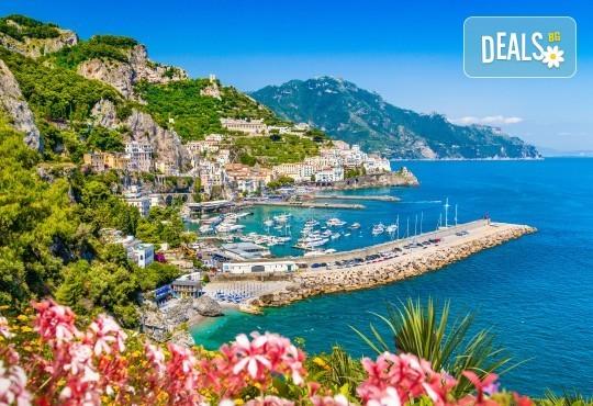 Приказка в Южна Италия! Ранни записвания за екскурзия през септември до Неапол, Помпей и Алберобелло - 5 нощувки с 3 закуски и вечери, транспорт, круиз по Амалфийското крайбрежие и фериботни такси! - Снимка 2