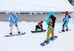 Екстремно и забавно! 2 или 3 урока по сноуборд за начинаещи или напреднали на Витоша! - Снимка