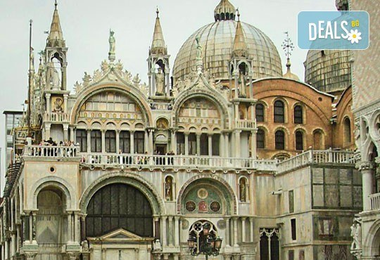 Екскурзия до красивата Италия през юли с Амадеус 77! 5 нощувки със закуски, транспорт, туристическа програма във Венеция, Рим, Флоренция! - Снимка 4