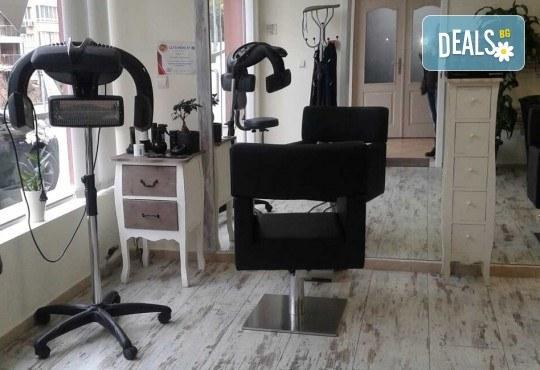 Антицелулитна пресотерапия на цели крака - 1 или 10 процедури, в салон за красота Алма Морел! - Снимка 7