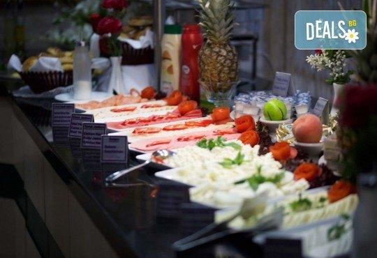 Фестивал на лалето в Истанбул през април! 2 нощувки и закуски в Hotel Bulvar Palas 4*, транспорт, водач от агенцията и включени пътни такси! - Снимка 11