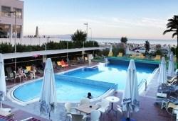 Ранни записвания за почивка през юни в хотел Buyuk Berk 4*, Айвалък, Турция, със Запрянов Травел! ! 7 нощувки на база All Inclusive, възможност за транспорт - Снимка