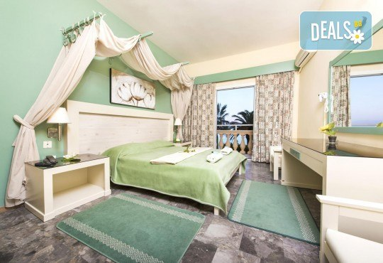 Ранни записвания за почивка на о. Корфу, Гърция! 6 нощувки със закуски и вечери в Potamaki Beach Hotel 3*, възможност за транспорт! - Снимка 4