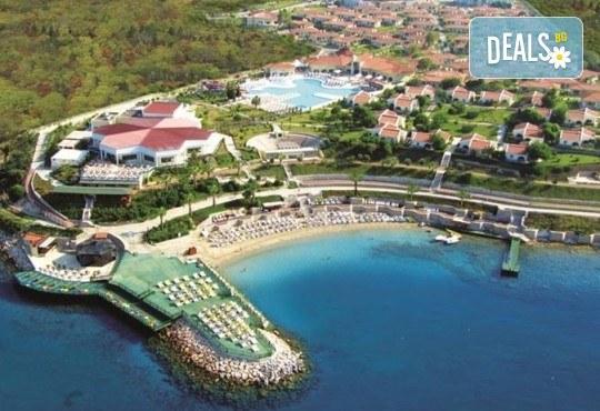 Лято в Дидим, Турция: 5 нощувки, 24ч. All Incl, Palm Wings Beach Resort Didim 5*