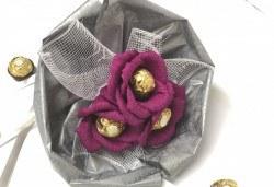Езикът на романтиката! Подарете стилен шоколадов букет Поезия от Онлайн магазин за подаръци Банана! - Снимка