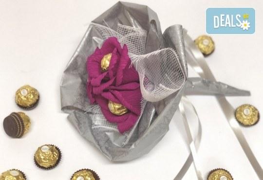 Езикът на романтиката! Подарете стилен шоколадов букет Поезия от Онлайн магазин за подаръци Банана! - Снимка 2