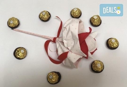 Подарете с любов! Шоколадов букет Сърце и шоколад от Онлайн магазин за подаръци Банана! - Снимка 2