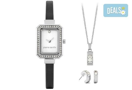 Комплект от правоъгълен часовник с кристали, чифт обеци и колие + безплатна доставка! - Снимка 1