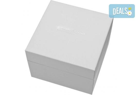 Стил и качество! Черен часовник на Pierre Cardin с красиви мотиви на циферблата + безплатна доставка! - Снимка 2