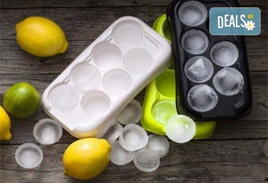 Качествена изработка! Комплект от 3 броя форми за лед от шведската фирма Drosselmeyer! - Снимка 1