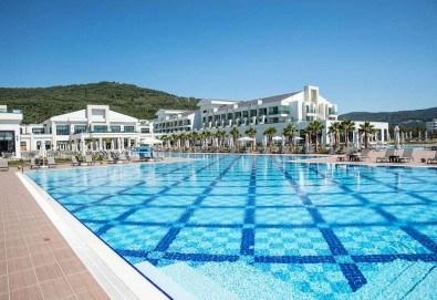 Почивка в Korumar Ephesus Beach & Spa Resort 5*, Кушадасъ, с Тансу Травел! 5/7 нощувки на база Ultra All Inclusive, възможност за транспорт - Снимка
