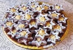 1 кг. големи какаови звезди с кремообразен лимонов шоколад или ягодово сладко от Сладкарница Джорджо Джани! - Снимка