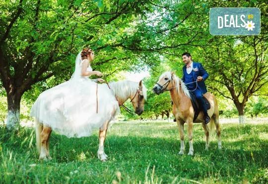 Урок по езда сред природата за двама с инструктор и екипировка от Ранчо Thracian Spirits! - Снимка 1