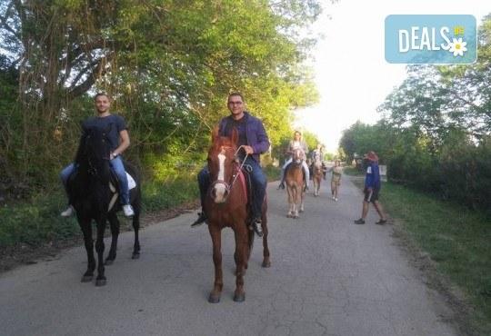 Урок по езда сред природата за двама с инструктор и екипировка от Ранчо Thracian Spirits! - Снимка 6