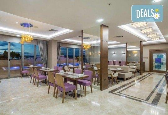 Лятна почивка в Чанаккале, Турция, в хотел Hampton by Hilton 4*! 4, 5 или 7 нощувки със закуски и вечери, настаняване от април до октомври, собствен транспорт! - Снимка 3