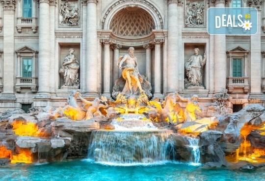 Самолетна екскурзия до Рим през май, юни или юли със Z Tour! 3 нощувки със закуски в хотел 2*, трансфери, самолетен билет с летищни такси - Снимка 1