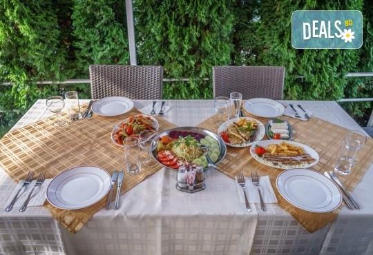 Великден в Сокобаня, Сърбия, с Джуанна Травел! 2 нощувки със закуски, 2 обяда по меню и 2 празнични вечери с жива музика и напитки, възможност за транспорт - Снимка 5