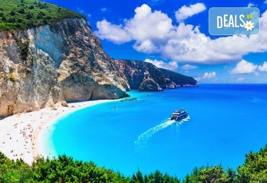 Майски празници на о. Лефкада, Гърция: 3 нощувки и закуски, транспорт и водач