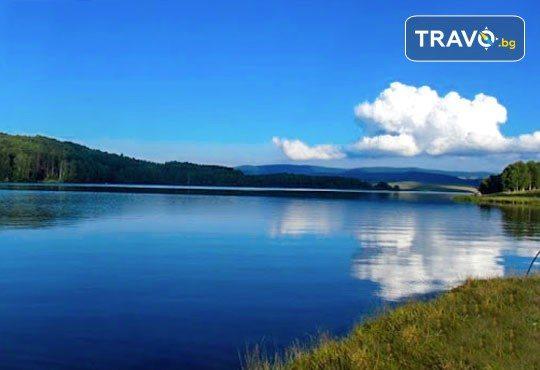 Разходка за 1 ден до Власинското езеро в Сърбия, Трън и ждрелото на р. Ерма - транспорт и водач от Глобус Турс! - Снимка 1