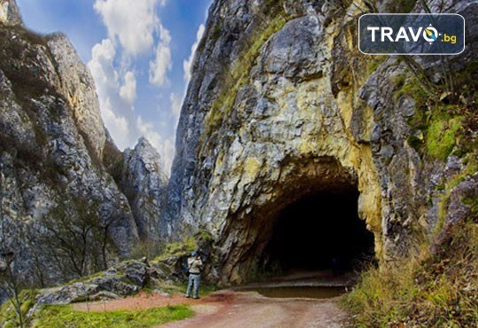 Разходка за 1 ден до Власинското езеро в Сърбия, Трън и ждрелото на р. Ерма - транспорт и водач от Глобус Турс! - Снимка 2