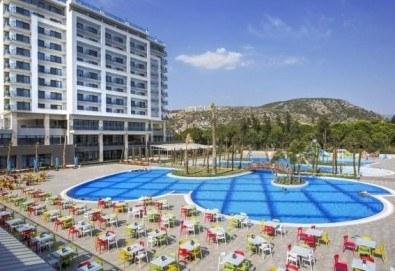 Почивка в Кушадасъ, Турция, в луксозния хотел Amara Sealight Elite 5*, с Глобус Холидейс! 4, 5 или 7 нощувки на база 24 Н Ultra All Inclusive, безплатно за дете до 12.99г. - Снимка