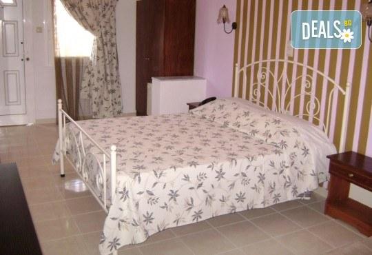 Почивка през септември в Hotel Rihios 3* в Ставрос, Гърция! 7 нощувки със закуски и вечери, възможност за организиран транспорт! - Снимка 4