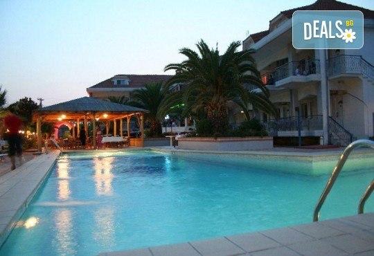 Почивка през септември в Hotel Rihios 3* в Ставрос, Гърция! 7 нощувки със закуски и вечери, възможност за организиран транспорт! - Снимка 2
