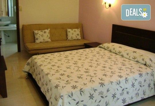 Почивка през септември в Hotel Rihios 3* в Ставрос, Гърция! 7 нощувки със закуски и вечери, възможност за организиран транспорт! - Снимка 3
