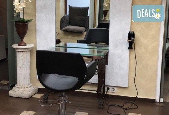 Подстригване, кератинова терапия за коса в три стъпки и оформяне със сешоар в луксозния салон Bona Dea! - Снимка 9