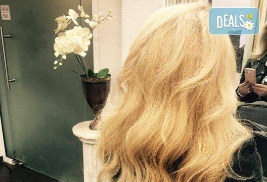 Подстригване, кератинова терапия за коса в три стъпки и оформяне със сешоар в луксозния салон Bona Dea! - Снимка 5