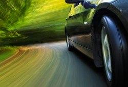 Смяна на 4 броя гуми с включено сваляне, качване, монтаж, демонтаж и баланс в автосервиз Катана! - Снимка