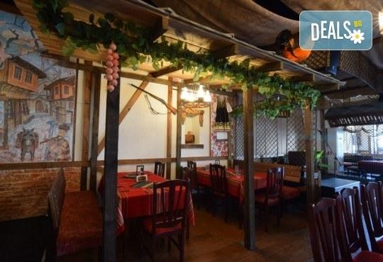 Платете 10 и хапнете за 20 лева традиционни български ястия по избор от цялото меню на Иванова Механа! - Снимка 5