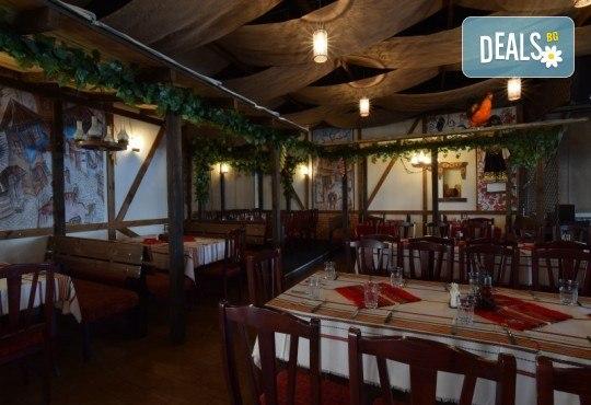 Платете 10 и хапнете за 20 лева традиционни български ястия по избор от цялото меню на Иванова Механа! - Снимка 7
