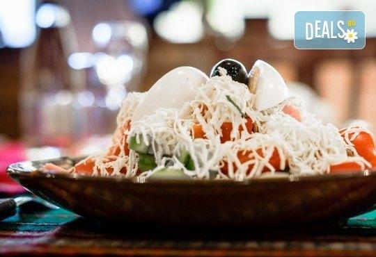 Платете 10 и хапнете за 20 лева традиционни български ястия по избор от цялото меню на Иванова Механа! - Снимка 9