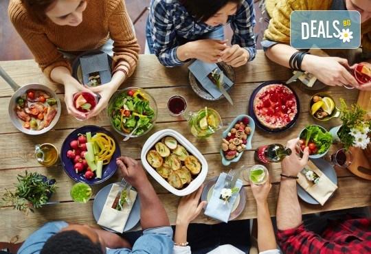 Платете 10 и хапнете за 20 лева традиционни български ястия по избор от цялото меню на Иванова Механа! - Снимка 1