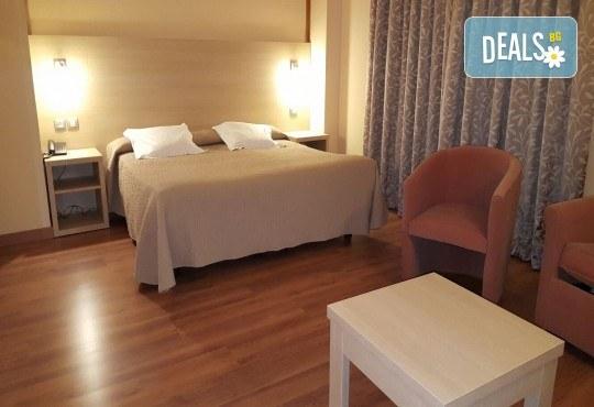 Ранни записвания за екскурзия до Андора през септември! 4 нощувки със закуски и вечери в Hotel Panorama 4*, самолетни билети и трансфери, индивидуална програма от Маджестик Турс! - Снимка 7
