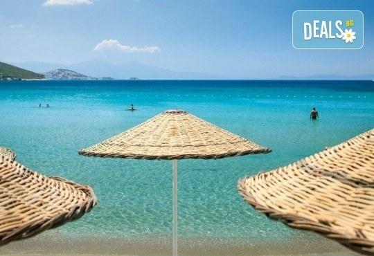 На море през май или октомври в Кушадасъ, Турция! 5 или 7 нощувки на база All Inclusive в хотел Tusan Beach Resort 5*, безплатно за дете до 12 г., възможност за транспорт - Снимка 17