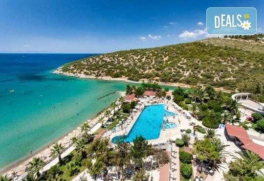 На море през май или октомври в Кушадасъ, Турция! 5 или 7 нощувки на база All Inclusive в хотел Tusan Beach Resort 5*, безплатно за дете до 12 г., възможност за транспорт - Снимка 15