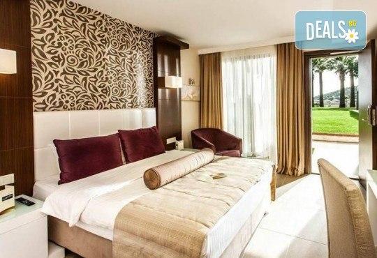На море през май или октомври в Кушадасъ, Турция! 5 или 7 нощувки на база All Inclusive в хотел Tusan Beach Resort 5*, безплатно за дете до 12 г., възможност за транспорт - Снимка 5