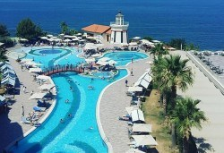 Великден или Майски празници в Sea Light Resort Hotel 5*, Кушадасъ, Турция! 4, 5 или 7 нощувки на база 24 ч. Ultra All Inclusive, възможност за транспорт! - Снимка