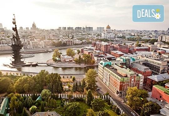 Величието на Русия! Екскурзия до Санкт Петербург и Москва с Лъки Холидей! Самолетни билети, трансфери, 6 нощувки, 5 закуски и 7 вечери в хотели 3 и 4*, туритическа програма - Снимка 4