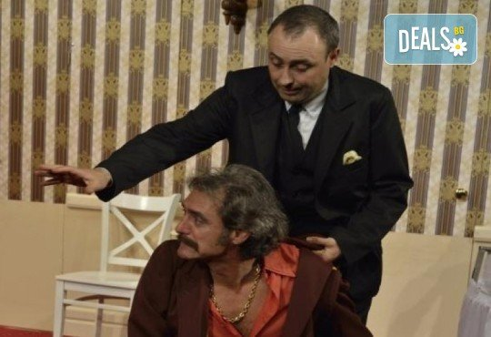 Гледайте шеметния Руслан Мъйнов в невероятната комедия СТАЯ 1313 от Рей Куни, на 29 март от 19:00 ч, Театър Сълза и Смях, 1 билет - Снимка 5