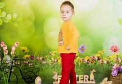 Пролетно-великденска фотосесия за цялото семейство, с 10 обработени кадъра, от Pandzherov Photography! - Снимка