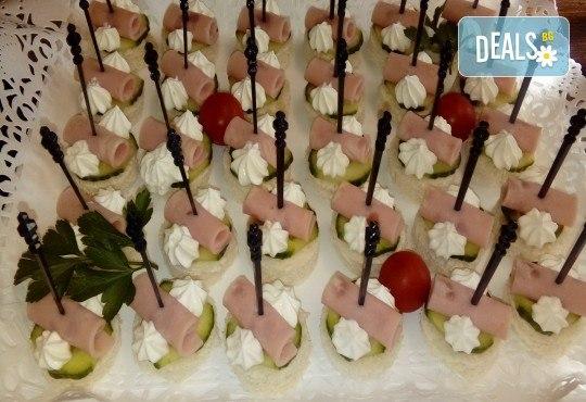 Парти сет с 56 или 86 броя вкусни и ароматни коктейлни хапки микс за всеки повод и 50% отстъпка за вкусотиите на кулинарна работилница Деличи! - Снимка 4